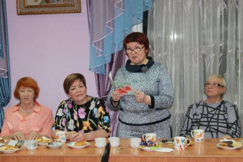 """Книжное дефиле"""